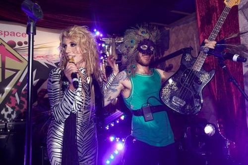 Ke$ha's Super Secret Show 사진
