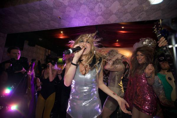 Ke$ha's Super Secret Show fotografias