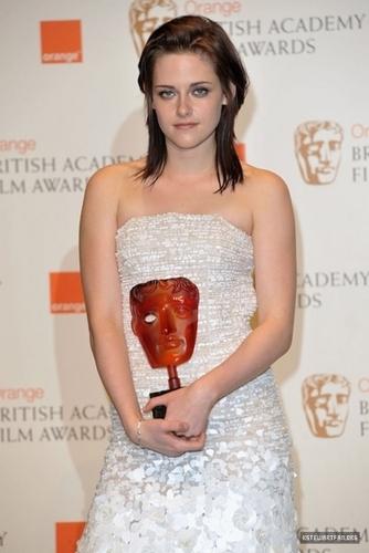 WINNER: The কমলা Rising তারকা Award - Kristen Stewart -