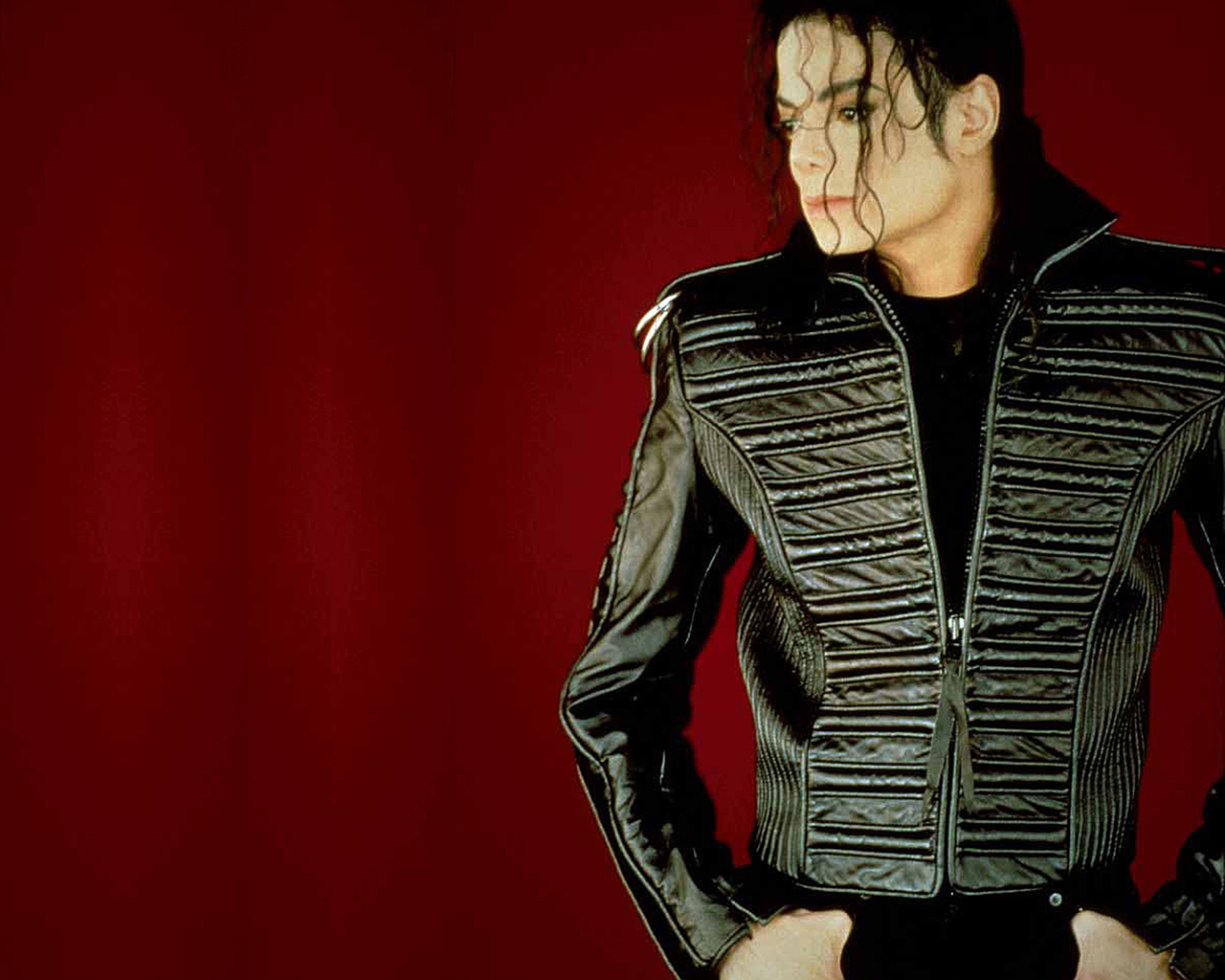 Michael - michael-jackson wallpaper