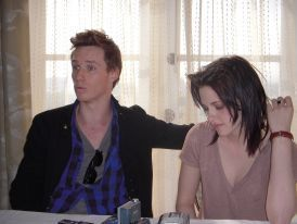 New pics of Kristen during Young Hollywood junket on 2/18