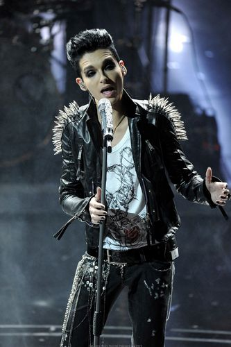 Tokio Hotel 壁紙 titled Sanremo Festival Feb 19 2010