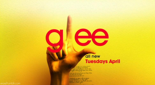 Screencaps from the new Glee promo