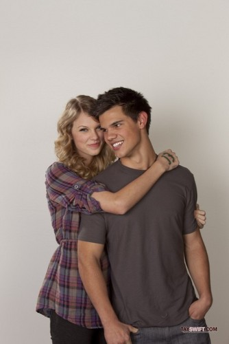 Taylor and Taylor: new promo pics for Valentine's dag