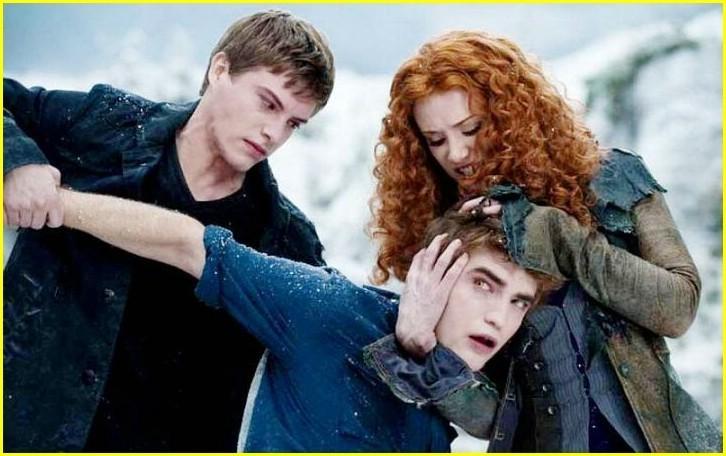 http://images2.fanpop.com/image/photos/10500000/The-Twilight-Saga-Eclipse-upcoming-movies-10527508-726-456.jpg