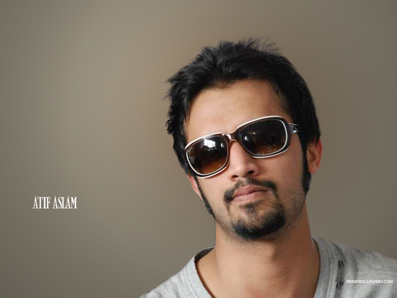 Atif Aslam - Picture Actress