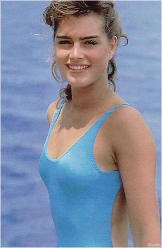 Brooke Shields wallpaper titled beautiful in blue