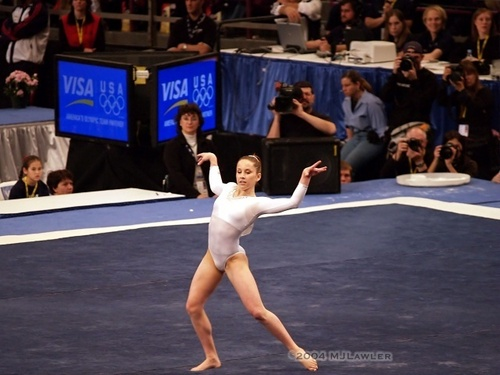carly patterson - gymnastics Photo