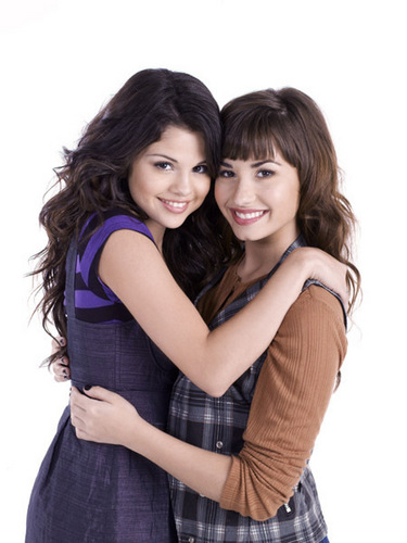 Miley, Demi, and Selena fond d'écran entitled demi and sell