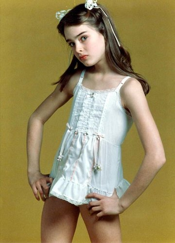 Brooke Shields wallpaper entitled early photoshoot