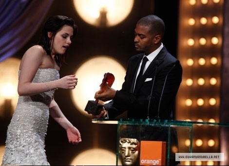 kristen-BAFTA awards