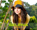 selenagomez - girls-goodies wallpaper