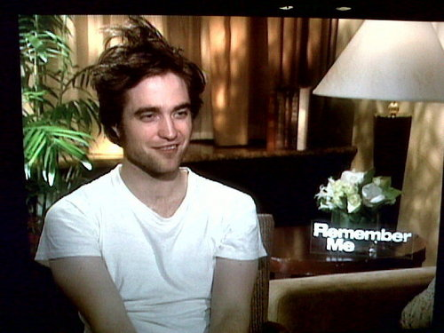 Another new picture of Rob at the 'Remember Me' Press Junket