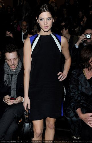 Ashley @ Gucci - Front Row: Milan Fashion Week Womenswear A/W - February 27