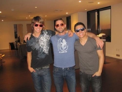 Carlos and James