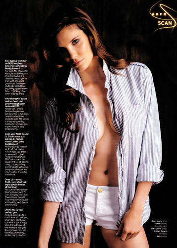 Daniela @ Maxim US [March 2010]