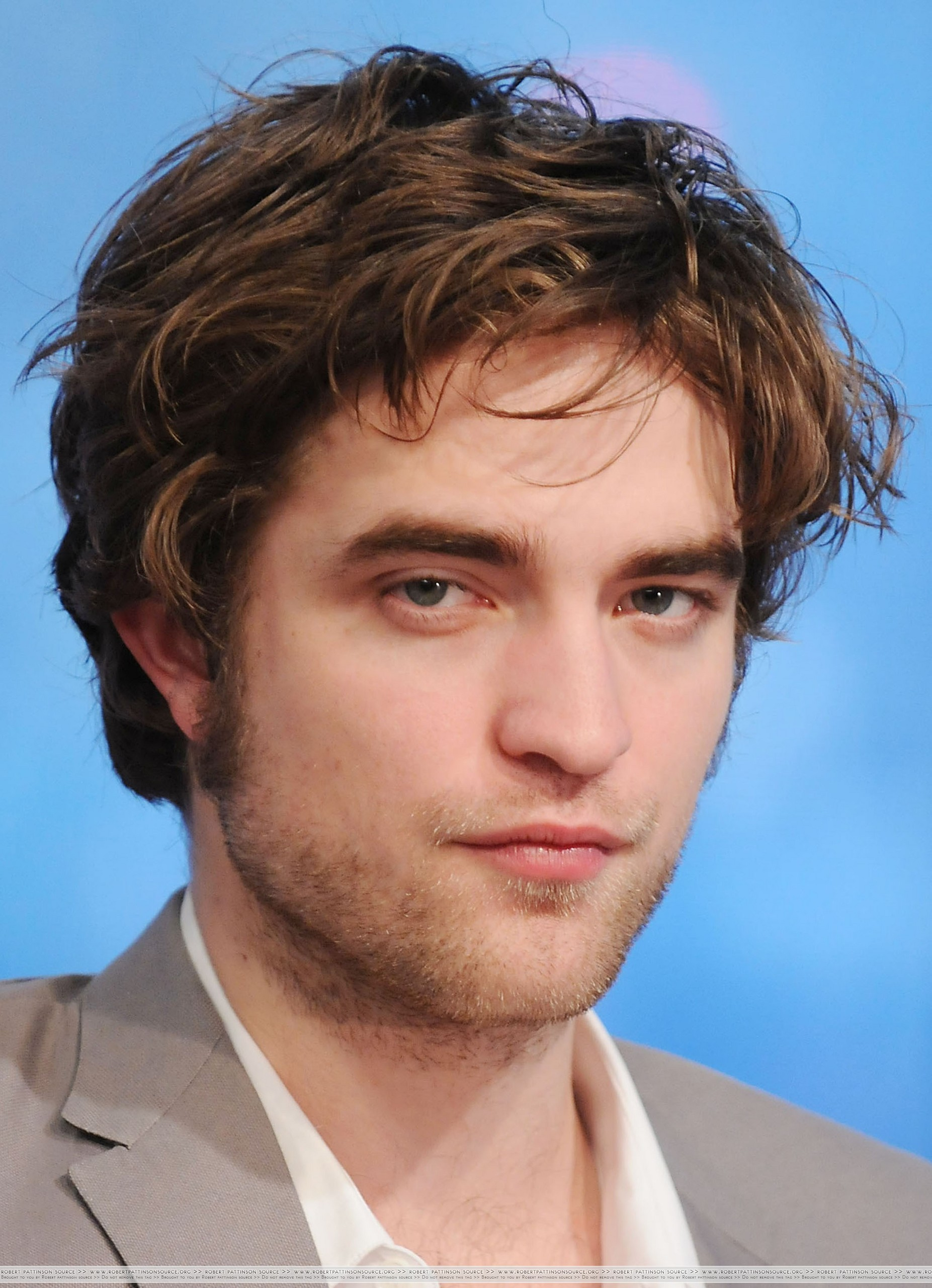 HQ Pictures of Rob on The Early toon
