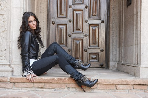 Jessica Lowndes - Life & Style Photoshoot
