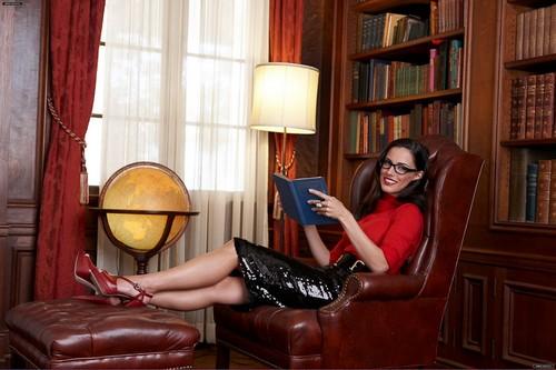 Jessica Lowndes - Life & Style Photoshoot