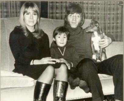 John Lennon Обои called John, Cynthia, & Julian