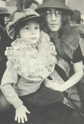 John Lennon Обои called John & Julian