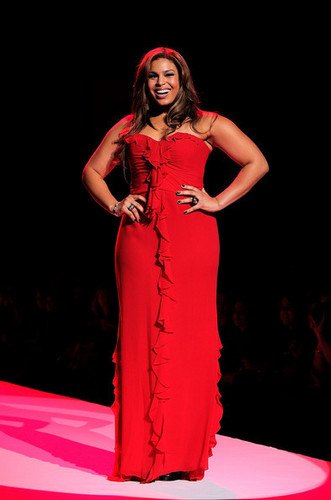 Jordin tim, trái tim Truth Red Dress Collection!
