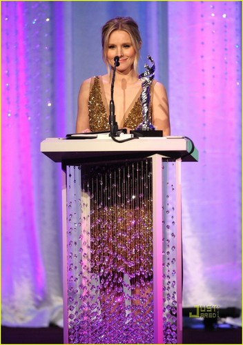 Kristen @ Costume Designers Guild Awards
