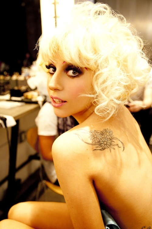 lady gaga v magazine photo shoot. Lady GaGa Photo Shoots By Ellen Von Unwerth For V Magazine #64