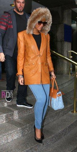 Leaving her hotel in London - February 26, 2010