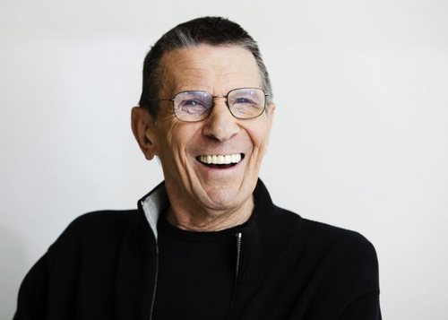 Leonard Nimoy wallpaper titled Leonard Superior Pics Shoot