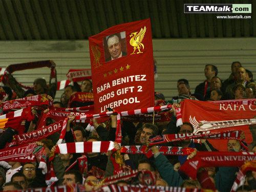 Liverpool karatasi za kupamba ukuta 1