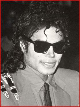 MICHAEL I 愛 YOUU BABY! YEHH I 愛 UUU! I LOVEE あなた IIIII!!