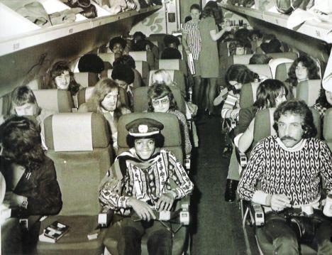 MJ: Airplane