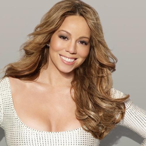 Mariah Tour Book Photoshoot 2010
