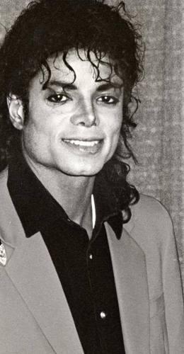 Michael I upendo wewe xxxxxxxxxxx <3