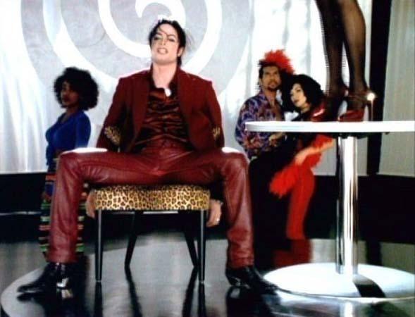 Michael Jackson's 7 INCHER!!:P AHAH IM SO SICK, SORRY MICHAEL YOUR TOOOOOOOOOOOO SEXY!