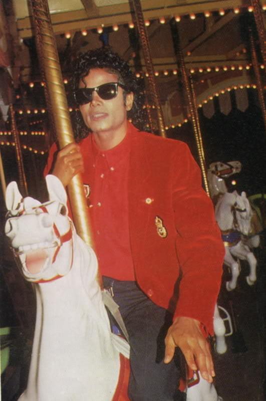 Michael jackson :D <3