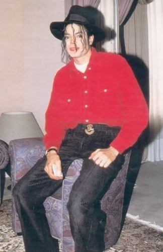 MJ in Chair