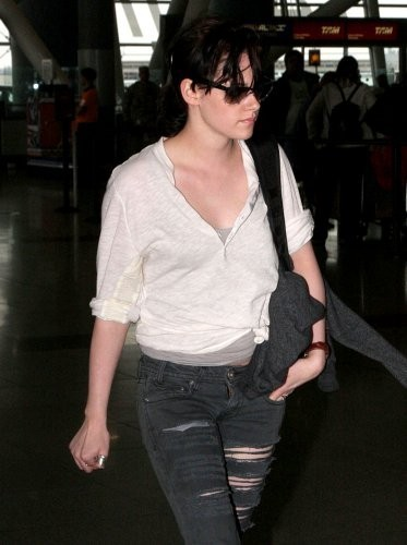 New ছবি of KStew leaving NYC