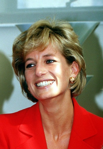 Prinzessin Diana Hintergrund called Queen of Hearts