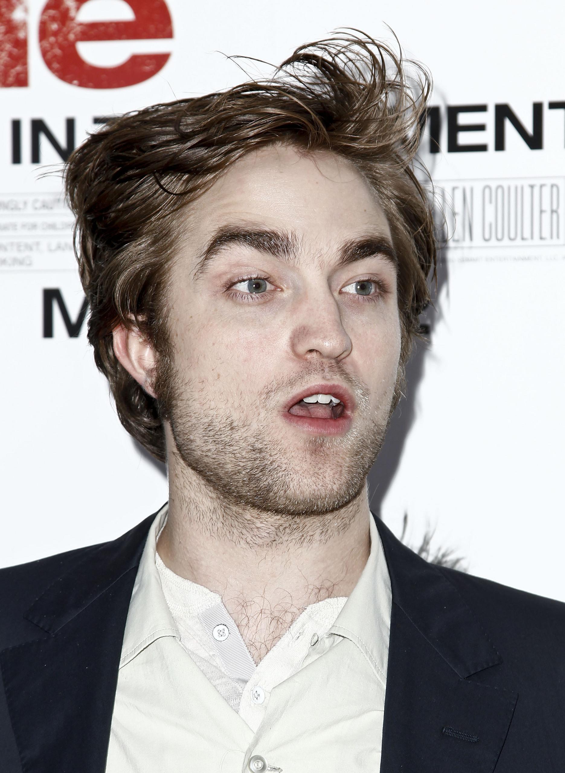 Remember Me Premiere-Robert Pattinson & Kristen Stewart