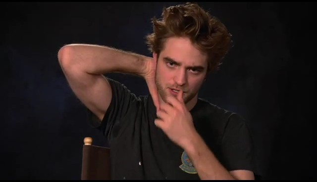 "Robert Pattinson - Screencaps Of ""Ask Rob"" 7"