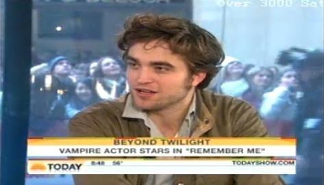 Robert Pattinson Today दिखाना (March 1)