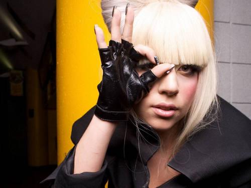 Lady Gaga karatasi la kupamba ukuta called Sexy Lady gaga karatasi la kupamba ukuta