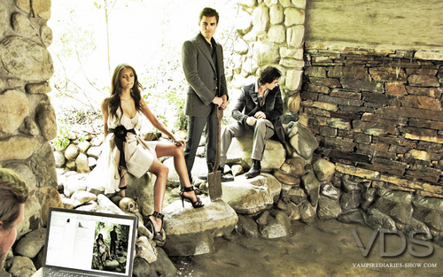 photoshoot ian nina and paul