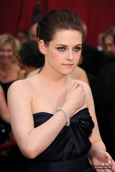 zaidi Pictures of Kristen Stewart on the Red Carpet For the Oscars