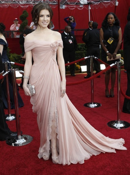 http://images2.fanpop.com/image/photos/10700000/03-07-10-82nd-Annual-Academy-Awards-Arrivals-anna-kendrick-10792299-455-610.jpg