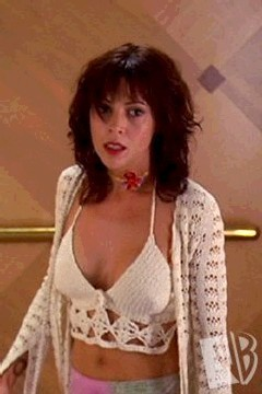 Alyssa Milano as Phoebe Halliwell on Charmed;)<3