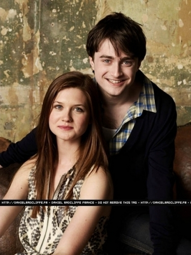 Harry Potter wolpeyper titled Bonnie Wright Daniel Radcliffe Emma Watson and Rupert Grint at Entertainment Weekly,2009