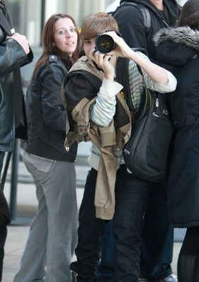 Candids > 2010 > March 3rd - Toronto Airport